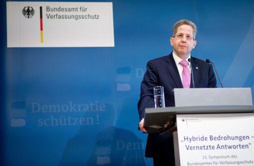 """Rücktrittsforderungen nach Zweifeln über """"Hetzjagden"""" in Chemnitz"""