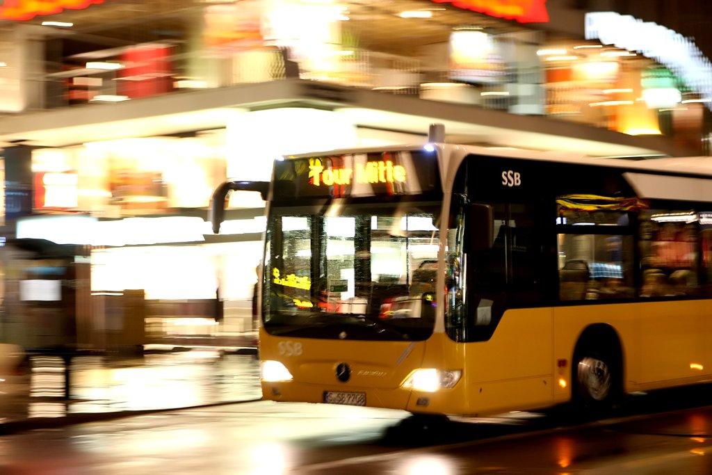 Aufatmen nicht nur bei den Veranstaltern: Zur Stuttgartnacht am 22. Oktober werden die Busse der SSB nicht bestreikt, alle Ziele können wie angekündigt angefahren werden. Doch auch per pedes bietet die Kultur-Sause jede Menge Anlaufstationen. Wir machen Ihnen in unserer Bilderstrecke Lust auf die Neuzugänge und rufen einige der Klassiker aus zehn Jahren Stuttgartnacht ins Gedächnis ... Foto: Rothe