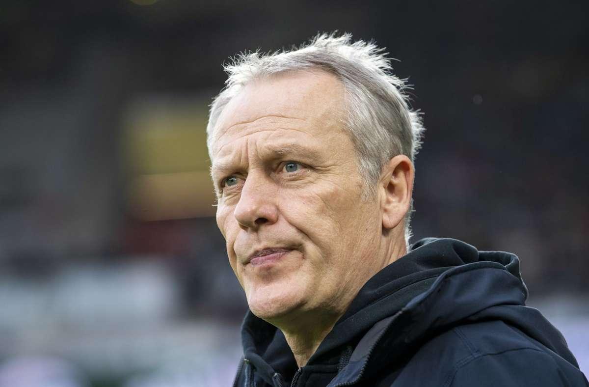 Christian Streich trainiert seit Jahren den SC Freiburg. Foto: dpa/David Inderlied
