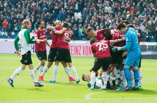 Hannover löst den VfB an der Spitze ab