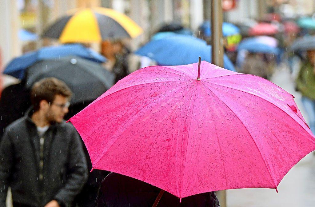 Tipps für gute Laune an Regentagen: In unserer Bildergalerie zeigen wir, dass man auch bei schlechtem Wetter in Stuttgart Spaß haben kann. Foto: dpa