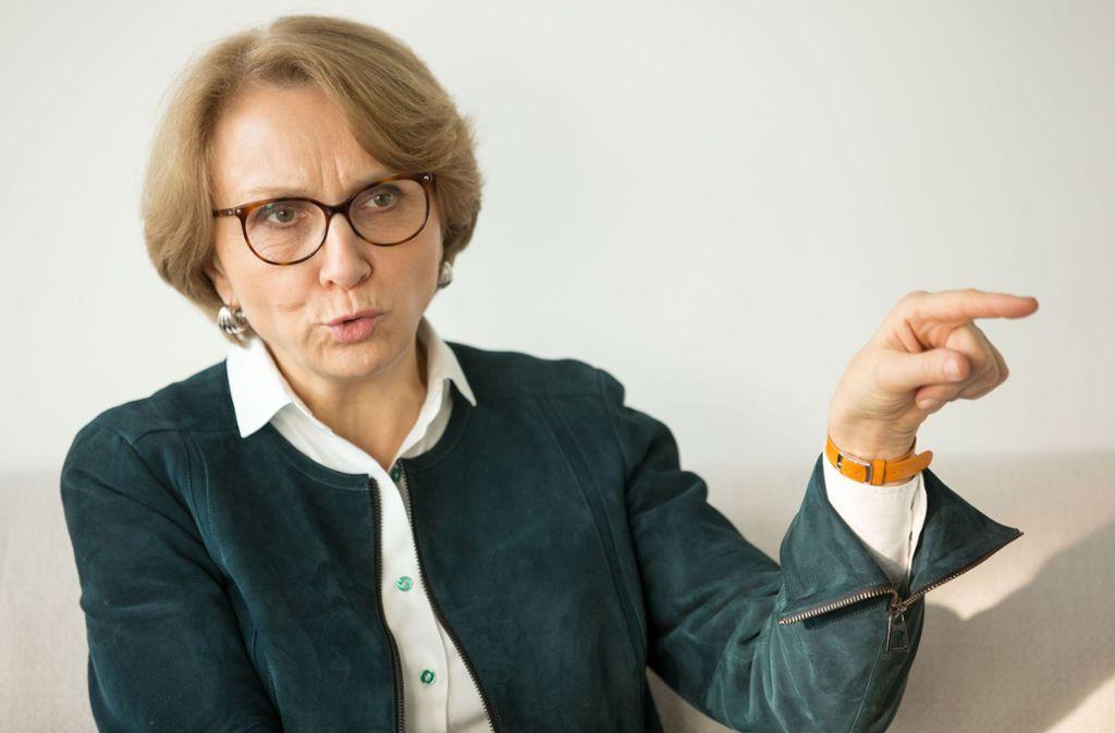 """Botschafterin Anne-Marie Descôtes tritt für mehr europäische Zusammenarbeit ein: """"In einem geeinten Europa sind wir stärker und können der Globalisierung besser begegnen."""" Foto: Lichtgut/Leif Piechowski"""