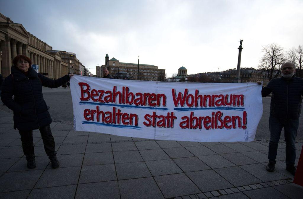 Eine Montagsdemo fordert soziales Denken im Wohnungsbau. Foto: Lichtgut/Leif-H.Piechowski