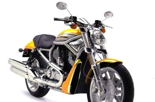 Viele Marktstände und ein Harley-Treff