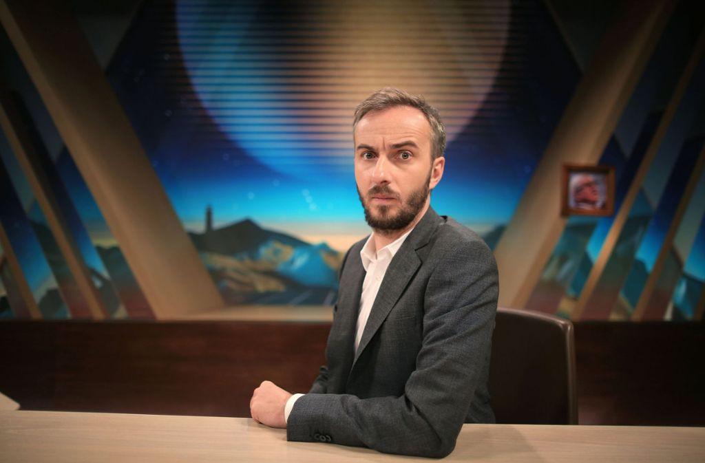 """In der 100. Folge des """"Neo Magazin Royale"""" war Juso-Chef Kevin Kühnert zu Gast bei Jan Böhmermann. Foto: dpa"""