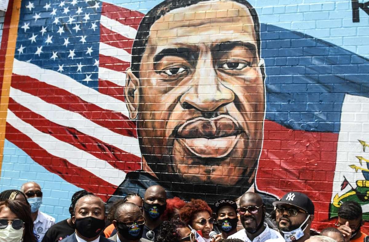 Am Mittwoch verklagte die Familie Floyds die Polizisten und die Stadt Minneapolis. Foto: AFP/STEPHANIE KEITH