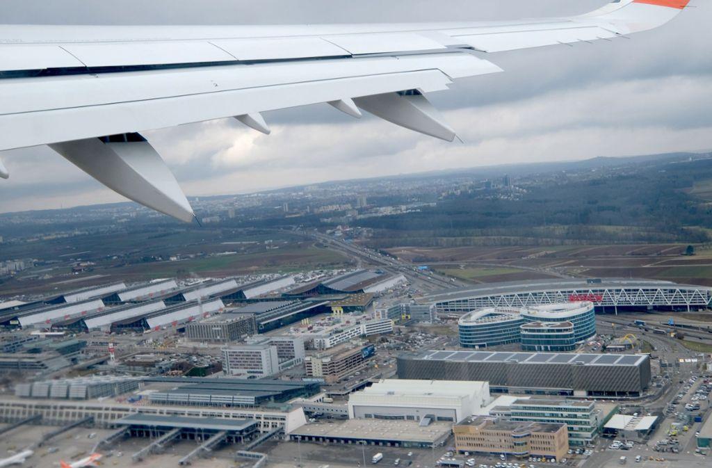 Schon Anfang Dezember hatte der Flughafen über die sich abzeichnenden Rekorde berichtet. Foto: picture alliance/dpa/Bernd Weissbrod