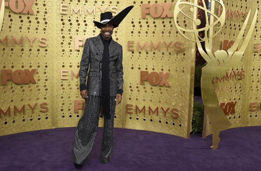Outete sich mit seinem Outfit als Western-Star: Schauspieler Billy Porter, der im weiten Nadelstreifen-Anzug und Cowboy-Hut zur Emmy-Verleihung kam. Foto: AP/Jordan Strauss