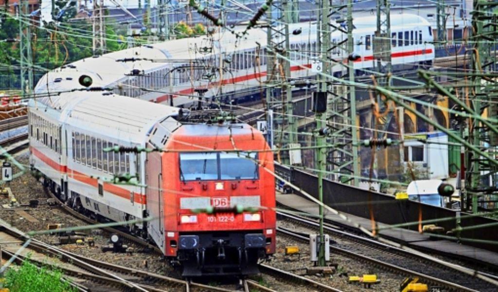 Die Bahn will im Fernverkehr wieder mehr Kunden gewinnen. Foto: dpa