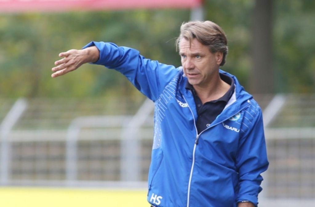 Horst Steffen feiert mit den Stuttgarter Kickers einen 2:1-Testspiel-Erfolg beim SV Sandhausen.  Foto: Pressefoto Baumann