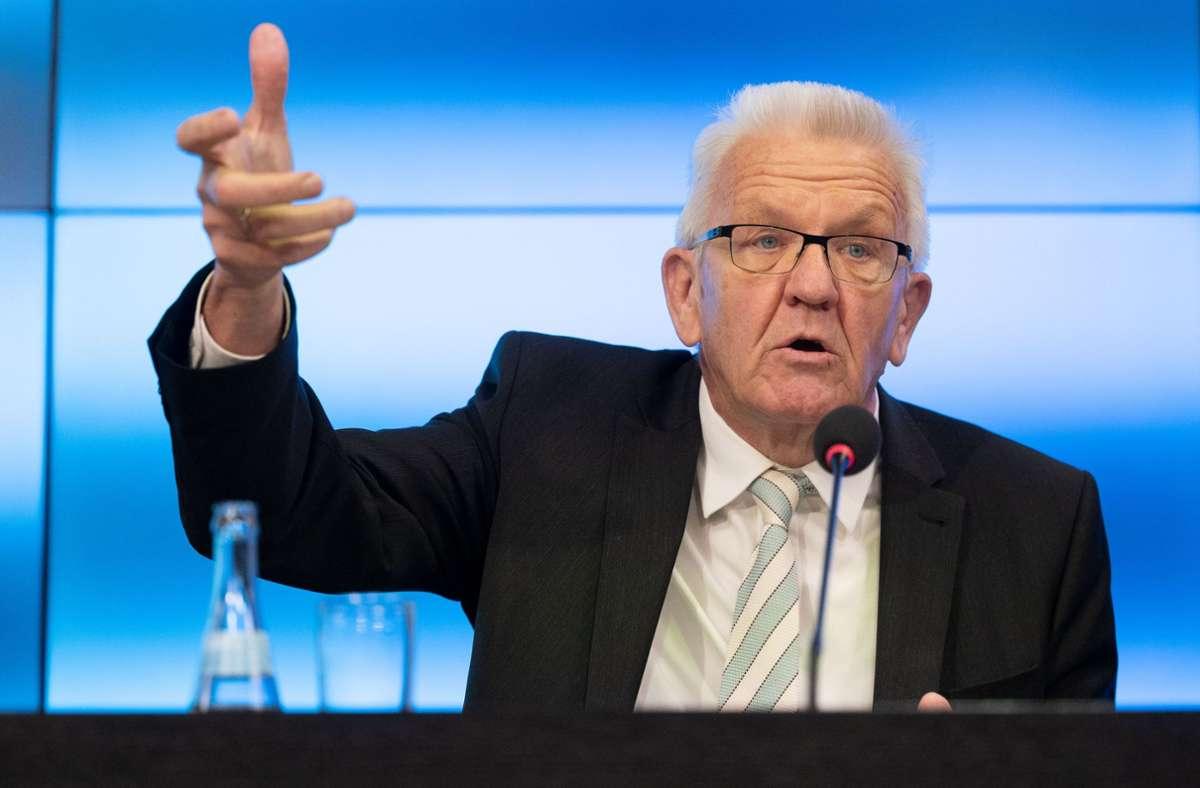 Ministerpräsident Winfried Kretschmann appelliert an die Bevölkerung. Foto: dpa/Marijan Murat