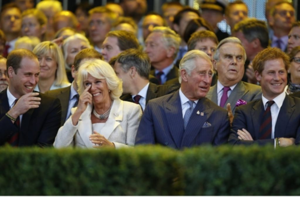 Die Eröffnung der Invictus Games: Prinz William, Herzogin Camilla, Prinz Charles und Prinz Harry (von links), der der Schirmherr der Spiele ist. Foto: Getty Images Europe