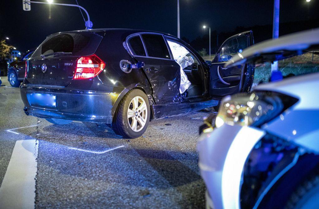 Der BMW-Fahrer ist bei dem Unfall auf dem Pragsattel schwer verletzt worden. Foto: /www.7aktuell.de/Simon Adomat