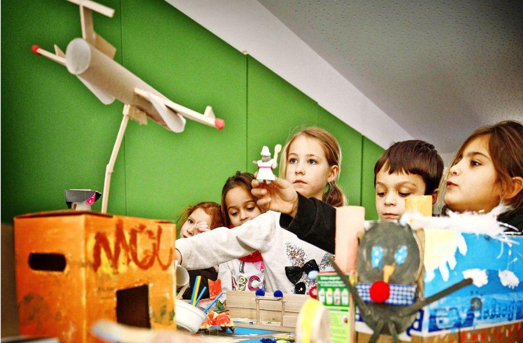 Kinder der Salierschule haben ihre Traumberufe  dargestellt. Foto: Gottfried Stoppel