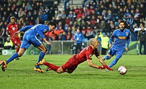 Arjen Robben und der Ruf als  Schwalbenkönig