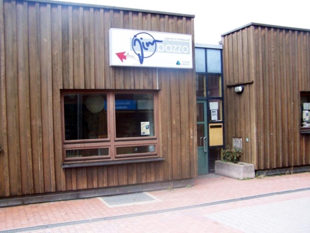 Das Kinder- und Jugendhaus könnte um das Bürgerhaus erweitert werden. Foto: Schneider