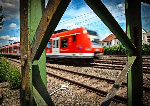 Test für  neuen S-Bahn-Lotsen gefordert
