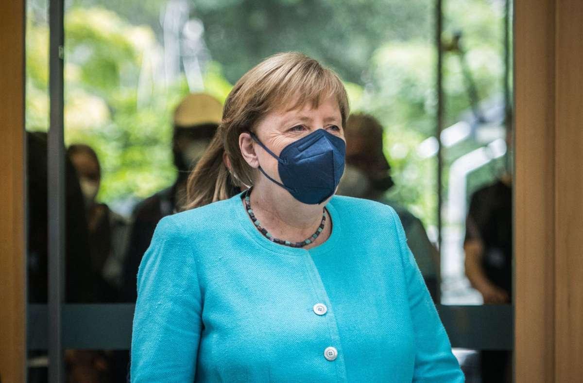 Angela Merkels wohl letzter Gang in die Bundespressekonferenz. Foto: AFP/STEFANIE LOOS