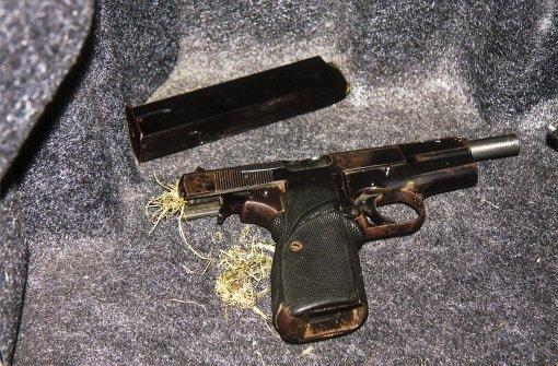 Cousin erschießt Mann in kugelsicherer Weste