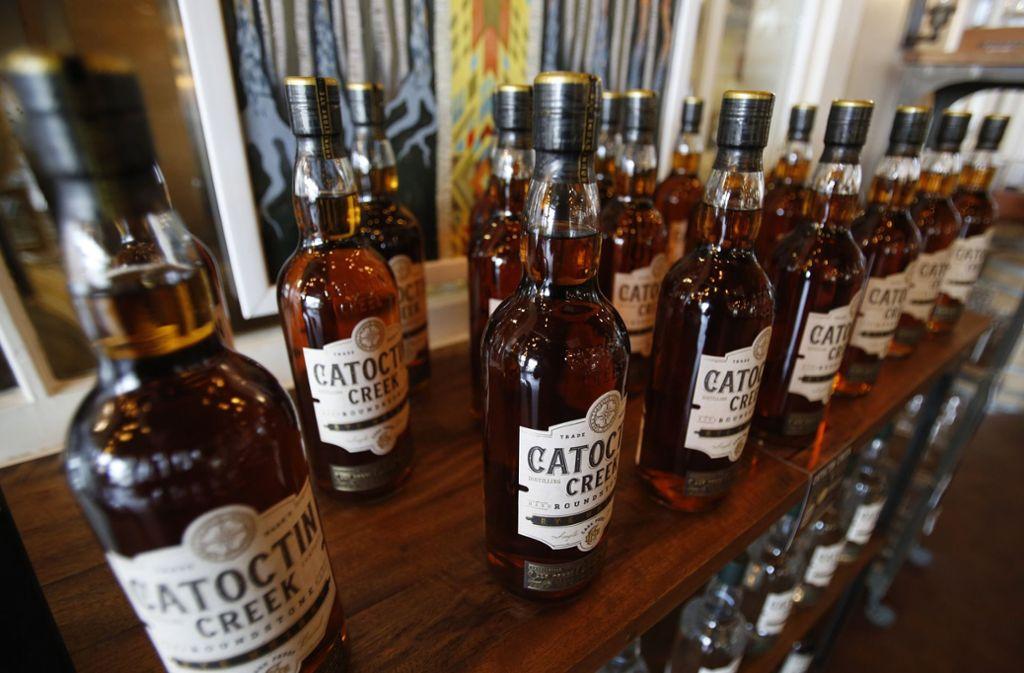 Der US-Whiskey-Export gen EU brach nach den Strafzöllen ein. Foto: AP