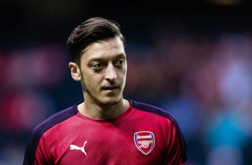Türkischer Erstligist läuft in Testspiel mit Özil-T-Shirts auf