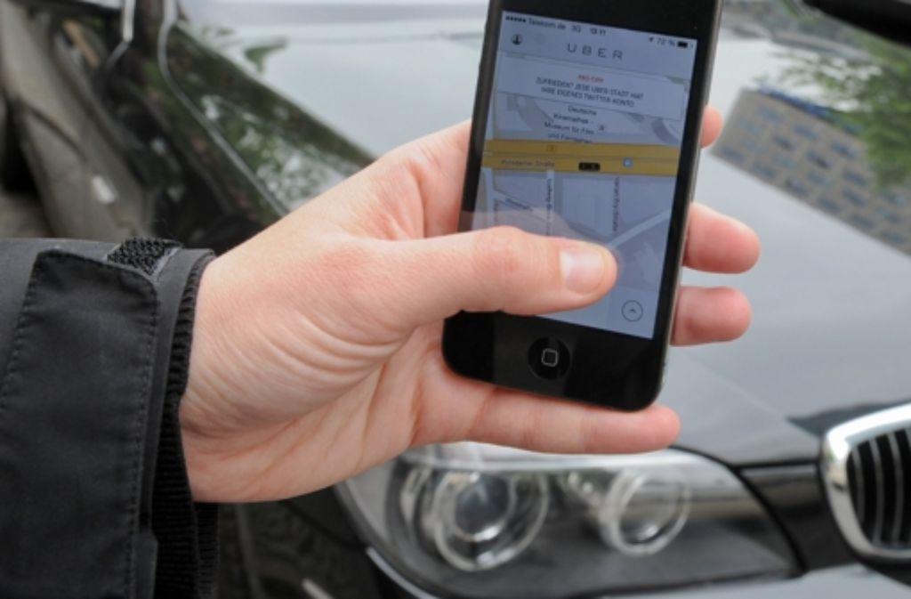 Uber hat zwar noch kein konkretes Datum genannt, klar ist allerdings, dass der umstrittene Fahrdienste-Anbieter noch in diesem Jahr in Stuttgart starten will. Foto: dpa-Zentralbild