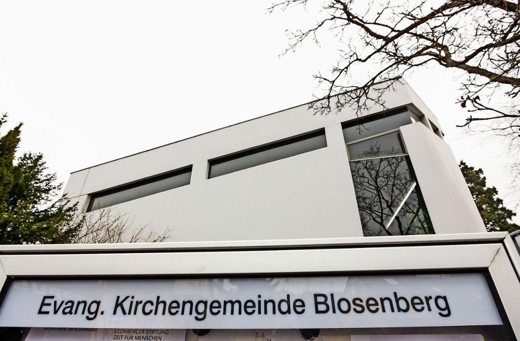 An der  Leonberger  Blosenbergkirche wird die heutige  75- prozentige Pfarrstelle nach 2024   ganz gestrichen Foto: factum/Bach