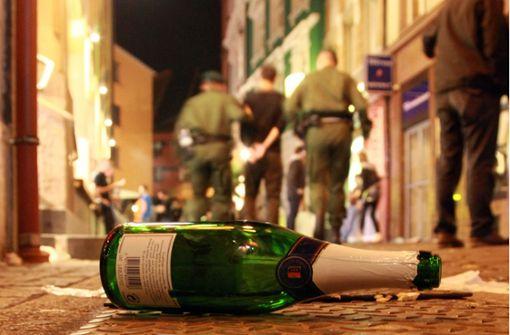 Betrunkene leisten Gegenwehr