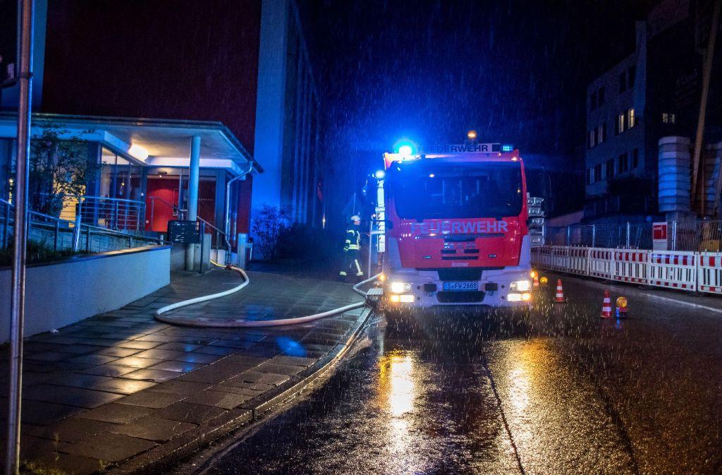 In einem Seniorenzentrum in Stuttgart-Nord hat es am Samstagabend gebrannt. Foto: SDMG