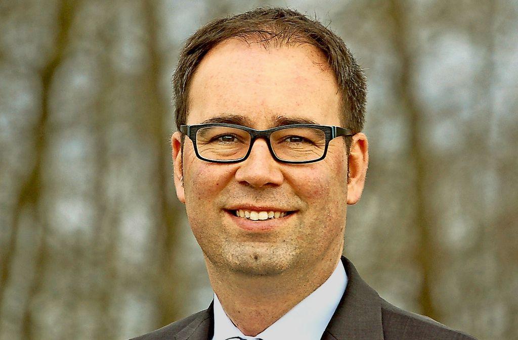 Daniel Gött ist erneut zum Bürgermeister von Deckenpfronn gewählt worden. Foto: privat