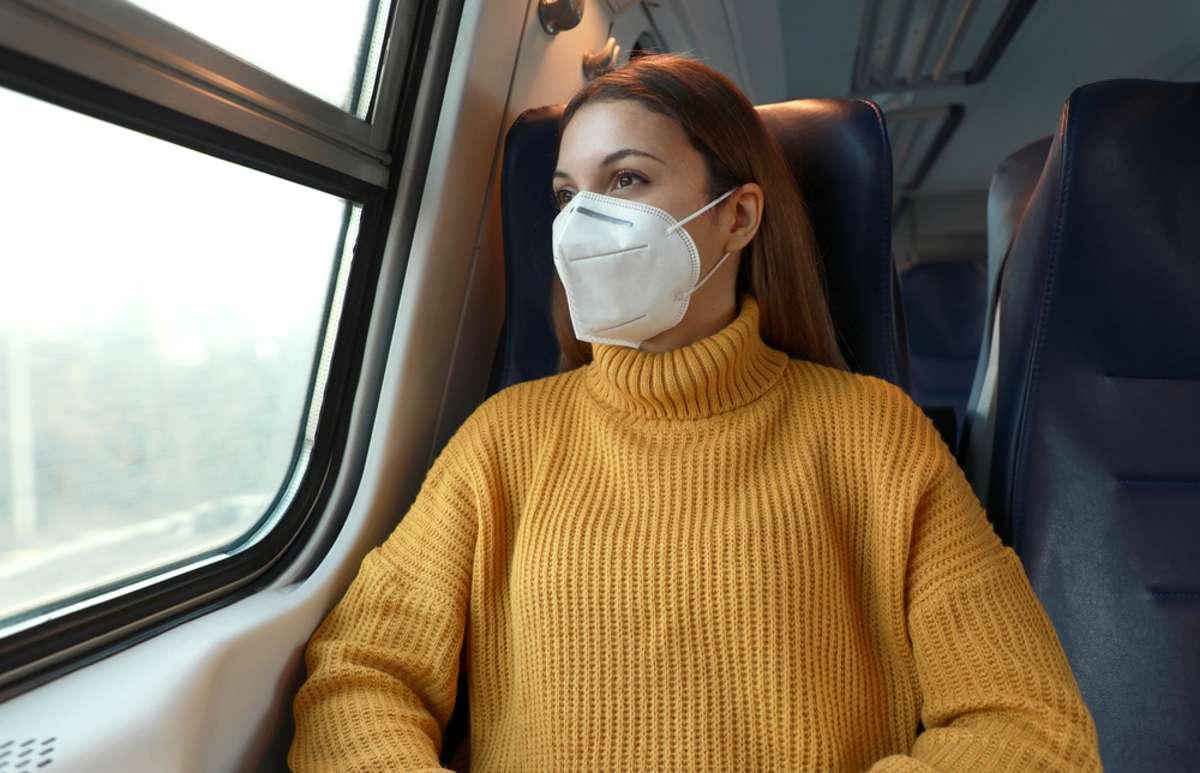 Wo und wann muss man jetzt FFP2-Masken tragen? Foto: Zigres / shutterstock.com