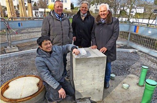 Der Brunnen wird zum Klangstein