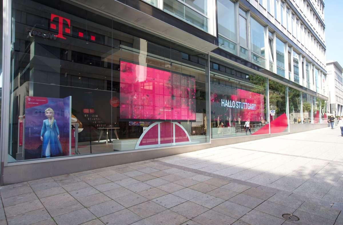 Bekenntnis zum Standort Stuttgart: Der neue 500-Quadratmeter-Shop der Telekom. Foto: Deutsche Telekom AG /Fotograf: Joerg Heupel
