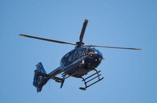Polizeihubschrauber sucht nach unbekanntem Flugobjekt