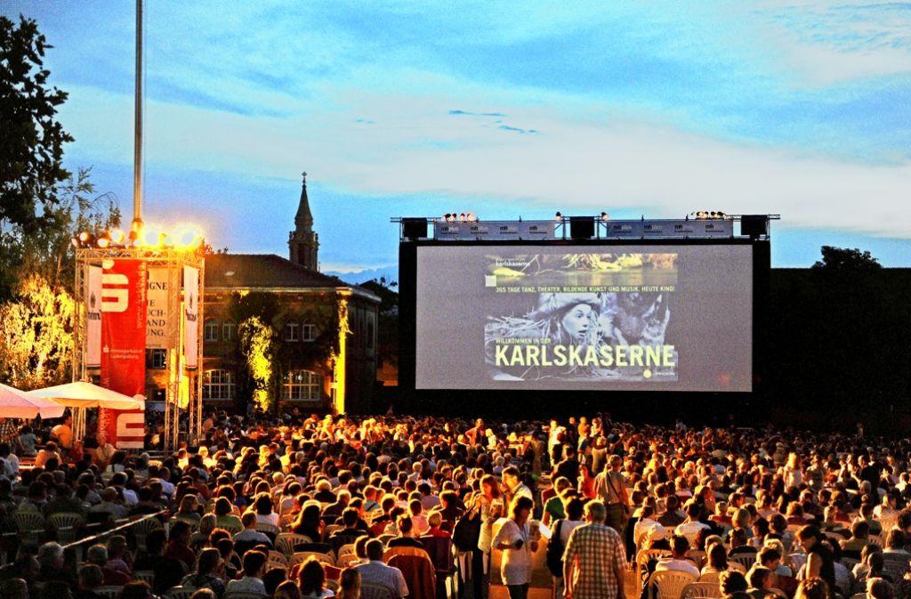 Kinovergnügen auf der Großleinwand: am 28. Juli beginnt im Hof  der Karlskaserne die Open-Air-Saison. Foto: Reiner Pfisterer