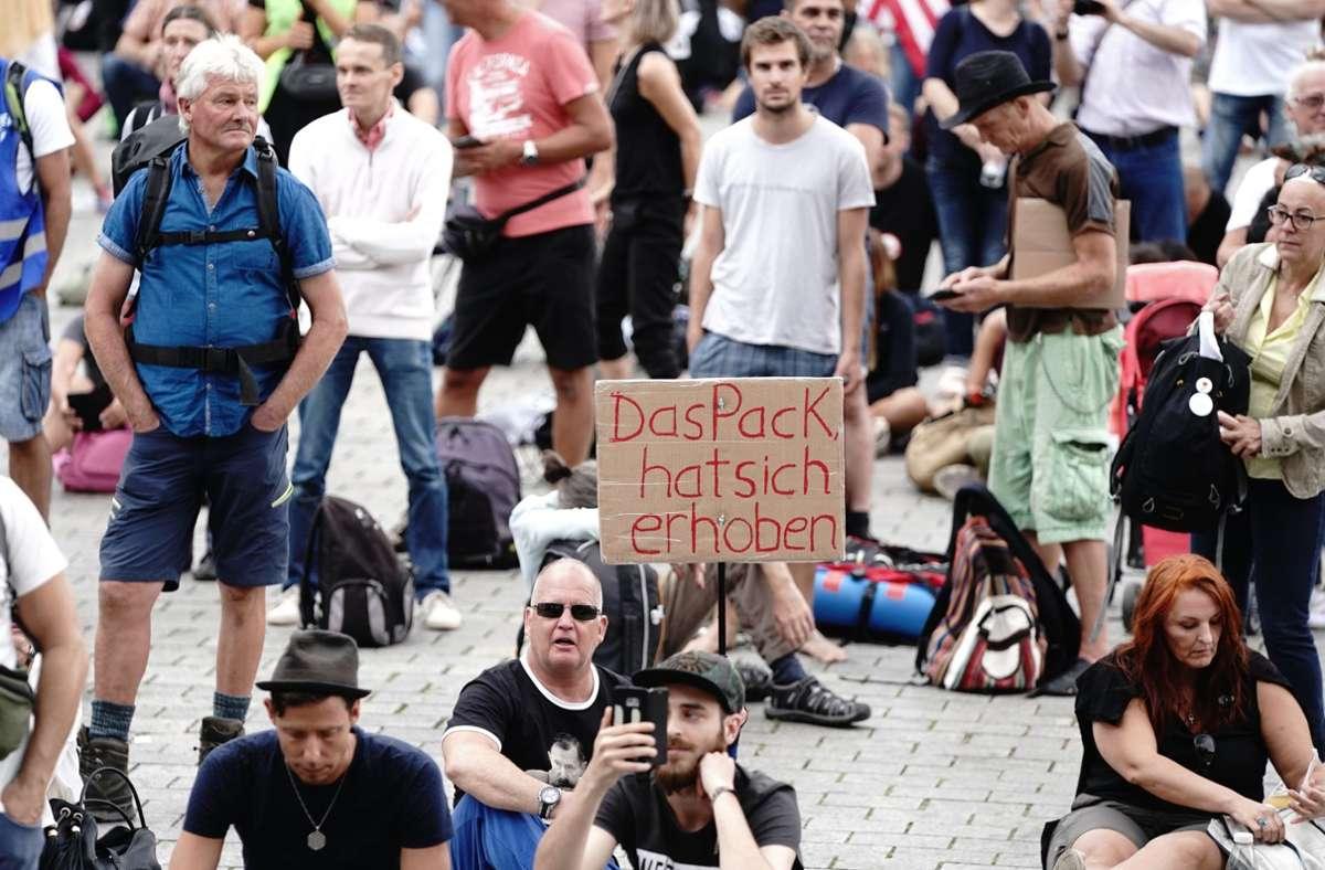 Corona-Protest am Wochenende – eine Dauerveranstaltung darf er nicht werden. Foto: dpa/Kay Nietfeld