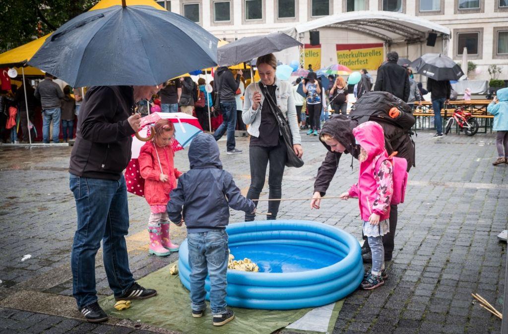 Das Wetter konnte die Stimmung nicht trüben. Foto: Lichtgut/Achim Zweygarth