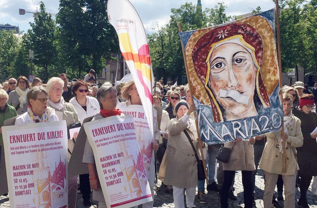"""Frauen aus Münster haben zum Streik unter dem Namen """"Maria 2.0"""" aufgerufen. Foto: dpa"""