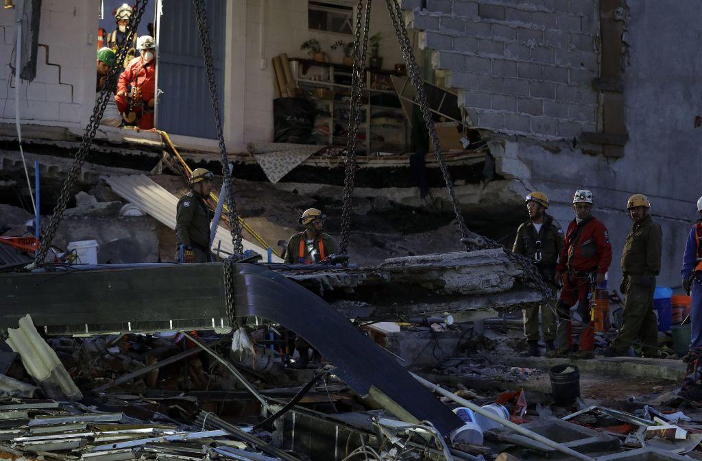 Mit der Stärke 6,1 | Erdbeben erschüttert Mexiko-Stadt