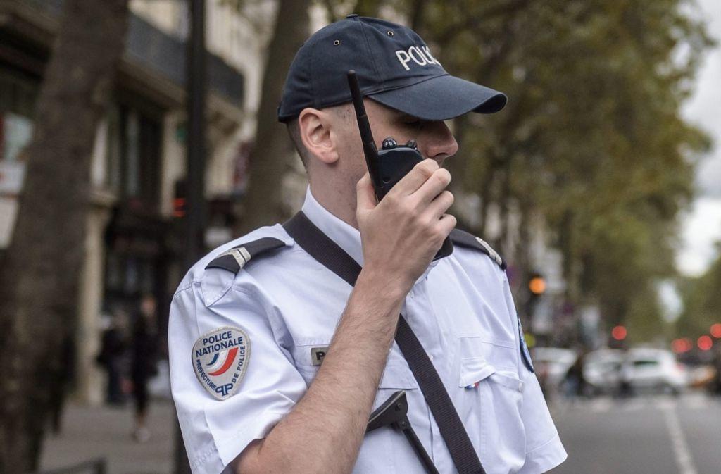 Die französische Polizei hat zwei Frauen wegen Terrorverdachts in U-Haft genommen. Foto: dpa