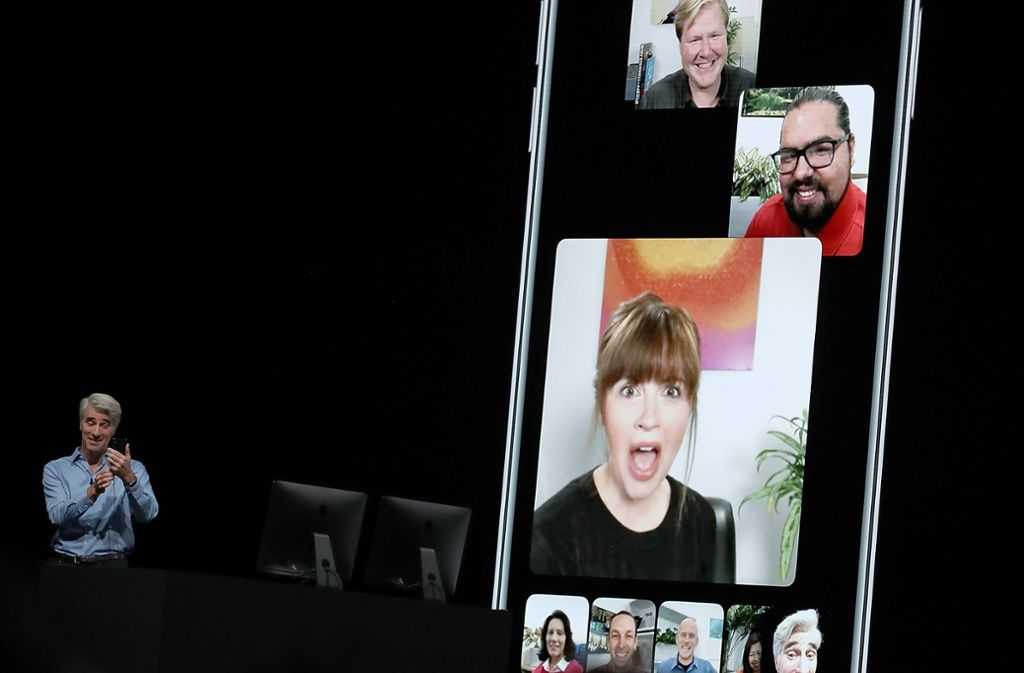Apples Software-Vizechef Craig Federighi präsentiert die neue Video-Konferenz via Facetime. Foto: Getty