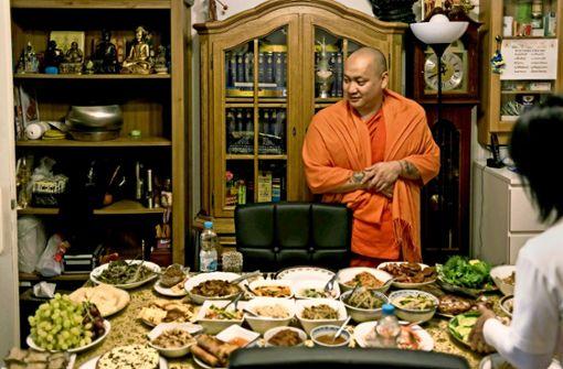 Wie lebt ein buddhistischer Mönch in Stuttgart?