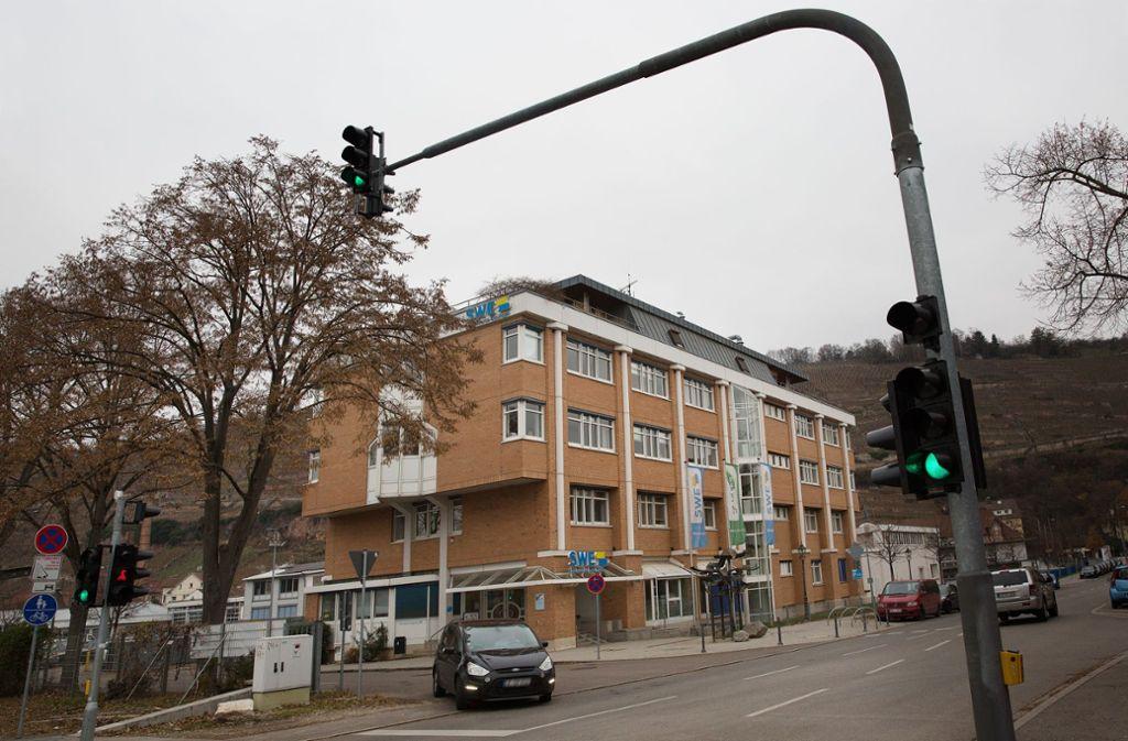 Das Verwaltungsgebäude der Stadtwerke Esslingen an der Schlachthausstraße soll in die Neuordnung des innerstädtischen Areals integriert werden. Foto: Ines Rudel