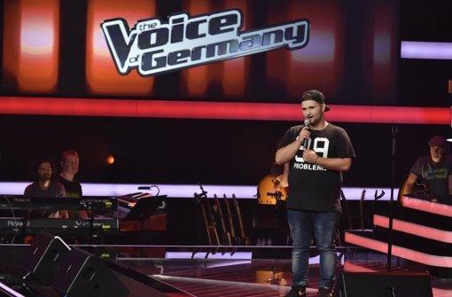 Ben Dettinger steht live auf der Bühne