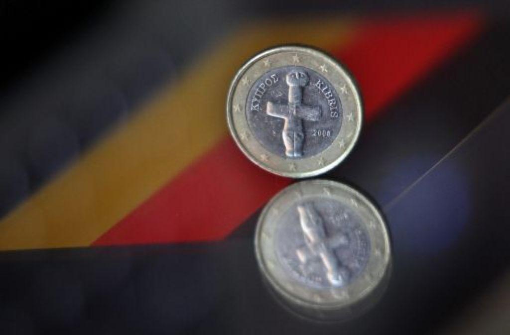 Jahrelang galt Zypern als Steueroase mit Geschäftsmodell Geldwäsche. Doch trotz aller Kritik hat der Bundestag dem Hilfspaket für das kleine Krisenland nun mit breiter Mehrheit zugestimmt. Foto: dpa