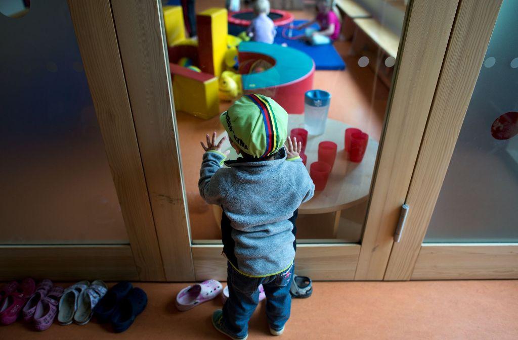 Damit der Kleine betreut spielen kann, müssen die Eltern bald tiefer in ihre Taschen greifen. Foto: dpa