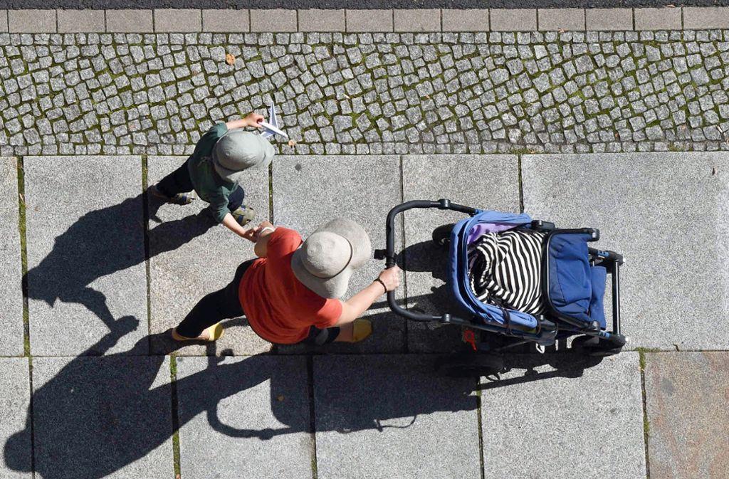 So sieht es das Gericht: In Deutschland gilt eine Frau, die ein Kind gebärt, als Mutter dieses Kindes. Foto: dpa-Zentralbild