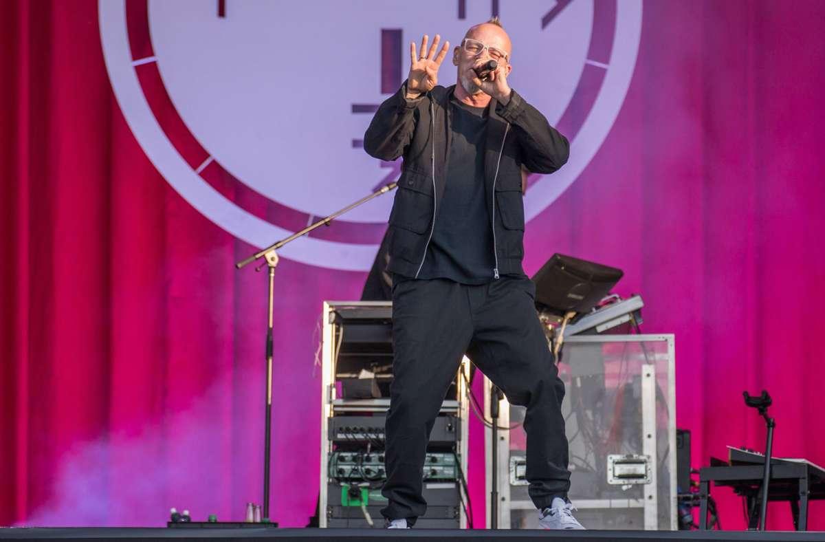 Thomas D im Juli 2021 bei einem Auftritt der Fantastischen Vier in Wiesbaden Foto: imago/Bobo
