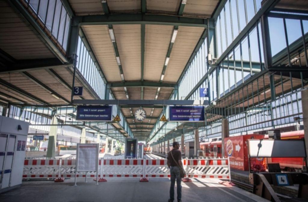 Trotz des Bahnchaos in Mainz sieht die Bahn  am Stuttgarter Hauptbahnhof keinen Grund zur Beunruhigung. Foto: Achim Zweygarth