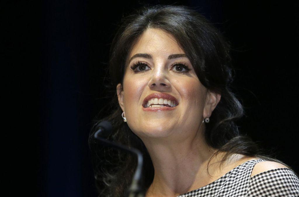 Monica Lewinsky ist nicht der Ansicht, dass der ehemalige US-Präsident Bill Clinton sie bei ihrer Affärezu sexuellen Handlungen genötigt hat. Foto: AP
